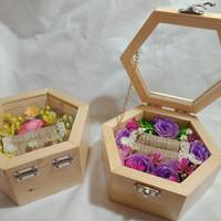 kotak cincin rustic kayu