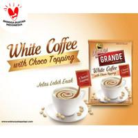 Kapal Api Grande White Coffee Topping Choco Renceng 10 Sachet 20g