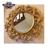 cermin ukir dinding ruang tamu