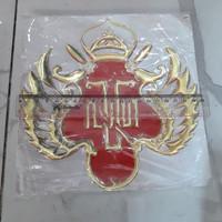 Sticker Hobo Emboss Lambang Kraton 20 cm
