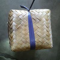 Besek keranjang Bambu 20 *20