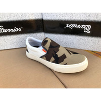 SEPATU SNEAKER BY WARRIOR SLIP ON AVATAR 2.0 - SKMSHOES