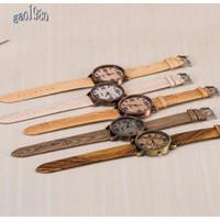 Jam Tangan Quartz Casual Dial Angka Romawi Motif Kayu Strap Kulit Imit
