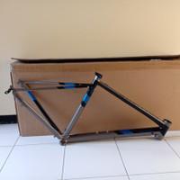 Frame Polygon Strattos S2 2021 Full Carbon Road Bike Sepeda Balap