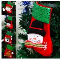 Kaos Kaki Gantung Motif Natal untuk Dekorasi Pohon Natal