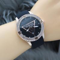 Guess Terlaris Jam tangan Impor wanita Bahan karet Model Segitiga - Hitam