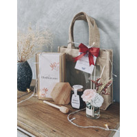 CHRISTMAS AND NEW YEAR HAMPERS SPECIAL EDITION - MINI BOUQUET C, LAVICATE