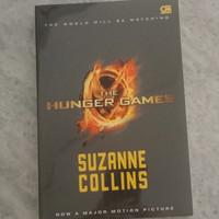 NOVEL THE HUNGER GAMES - ORIGINAL SUZANNE COLLINS