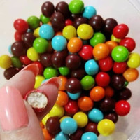 Coklat Warna Warni Lagie Biskuit Coklat Bulat 200 gr Bundar Rainbow Ke