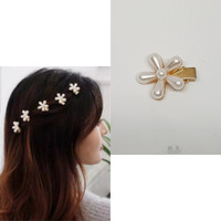 Jepit Rambut Mutiara Aksen Bunga Ala Korea Aksesoris Rambut Cantik