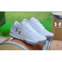 Sepatu Olahraga Pria Under Armour 3D Running Shoes