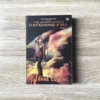 Buku Novel Suzanne Collins - The Hunger Games Catching Fire