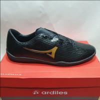promo sepatu futsal ardiles luksemburg warna hitam ORIGINAL - Hitam, 38