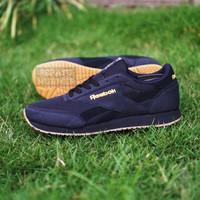 Sepatu Sneakers Kets Casual Sport Pria Murah Reebok Classic Trainer - Full Hitam, 40
