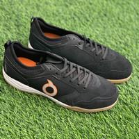 Sepatu futsal Ortuseight original Jogosala Dominator black white gum