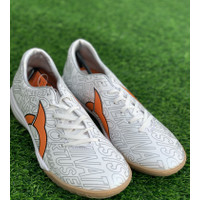 Sepatu futsal Ortuseight original CATALYST LEGION white orange 2020