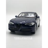 Bburago Diecast - Alfa Romeo Giulia Skala 1:24 (Biru)