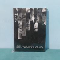 Novel Senyum dan Harapan