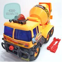 Mainan mobil truk molen - truk semen - U