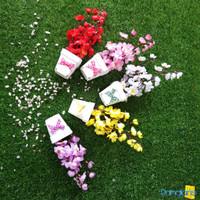 Bunga Artificial Sakura Dekorasi Rumah Hiasan Meja Ruang Tamu Murah - Random