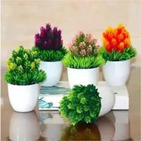 Bunga Hias PINUS Artificial Pot Dekorasi Plastik Tanaman Pohon Bonsai