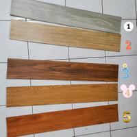 lantai sticker vinyl 36pcs (5m2) dan dinding stiker vinyl. 36pcs