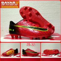 Sepatu Bola Sepatu Bola Anak Adidas - Merah, 32