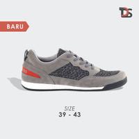 Sepatu Olahraga Pria / Sneakers Sport Lokal KZTS981 Abu Original - 39