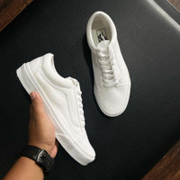 VANS OLD SKOOL CLASSIC FULL WHITE 100% ORIGINAL BNIB - 4.5