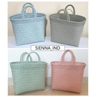 Lucy Bag - Tas Anyam Plastik Shopping Bag Parsel Goodie Bag Wanita - Hitam