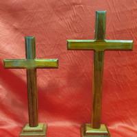 salib duduk kristen kayu ukuran M
