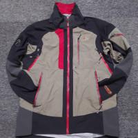 Jaket Outdoor / Jaket Gunung waterproof second Import LOWE ALPINE