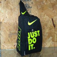 Tas Sepatu Futsal / Bola Nike Justdoit