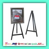 Stand frame kayu/Standing bingkai foto