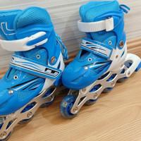 Sepatu roda inline skate SOL size S M L - S, Biru