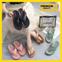 [PREMIUM] SANDAL JEPIT WANITA 1607 Sandal Jepit Wedges Motif Kotak - Hitam, 36