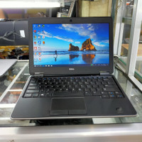 LAPTOP DELL LATITUDE E7240 CORE I5 GEN 4-RAM 8GB-SSD 256GB-12IN-MANTAP