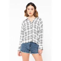 Colorbox V-Neck Shirt I:BLWKEY220L003 Off White