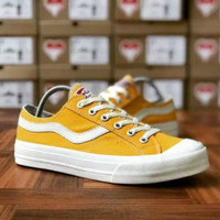 Vantela Public Low Dark Yellow