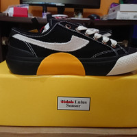 Compass FR2 Proto V2 Low Edisi Indonesia - Size 37
