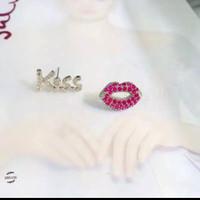 Anting Fashion Kiss AB
