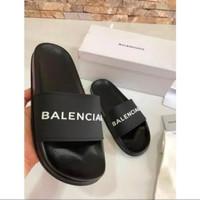 Sandal Jelly Pria Motif Balencia