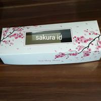Box kue imlek bunga sakura