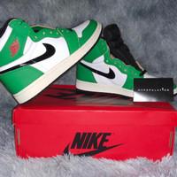 "Nike Air Jordan 1 High Retro ""Lucky Green"" ORIGINAL - 38"