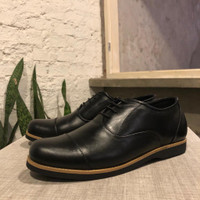 sepatu kulit asli pria sepatu kulit pria casual sepatu pantofel pria - Hitam, 39