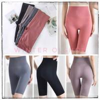 Short Tigh Slim / Celana Pendek Sport Wanita / Celana Yoga Gym Senam