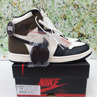 SEPATU NIKE AIR JORDAN 1 HIGH OG DARK MOCHA UNAUTHORIZED AUTHENTIC