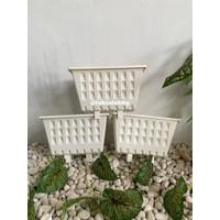 Pot Tanaman Merambat Plastik Gantung Tempel Argo Putih