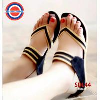 Sendal Perempuan/Sandal Wanita Tali Jepit SDL44 Flip Flop & Sandals