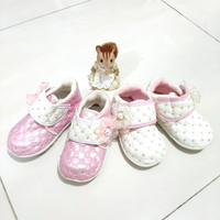 Sepatu Anak Bayi Perempuan Bahan terbaru umur 1-2 tahun bunyi